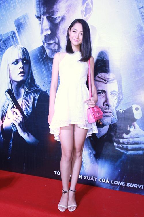 Hương Giang Idol gợi cảm đi xem phim - 6