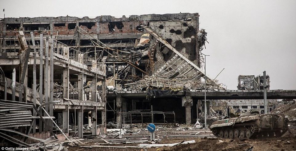 Đông Ukraine hoang tàn như sau chiến tranh TG thứ 2 - 3