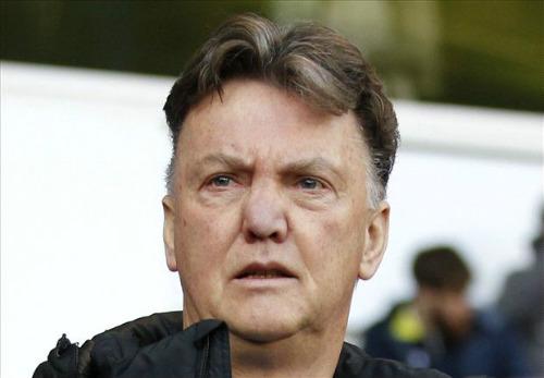 MU: Di Maria hứa trở lại, Van Gaal đáp trả báo giới - 2