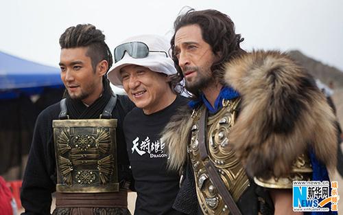 """Phim Tết của Thành Long có doanh thu """"vô địch"""" - 2"""