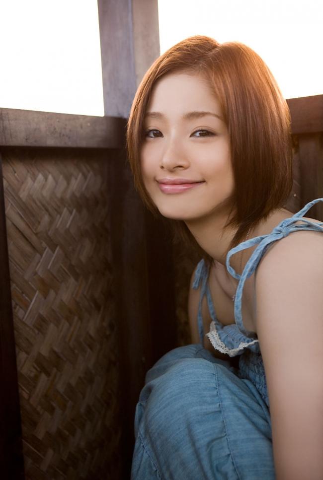 Aya Ueto là nữ hoàng quảng cáo năm 2014 của Nhật
