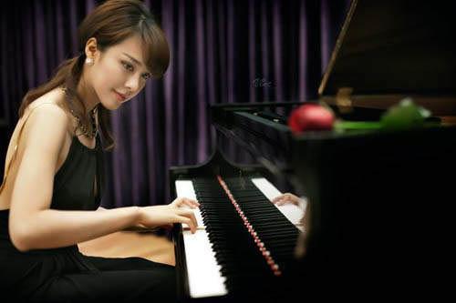"""Ngất ngây trước """"nữ thần piano"""" gợi cảm nhất châu Á - 7"""