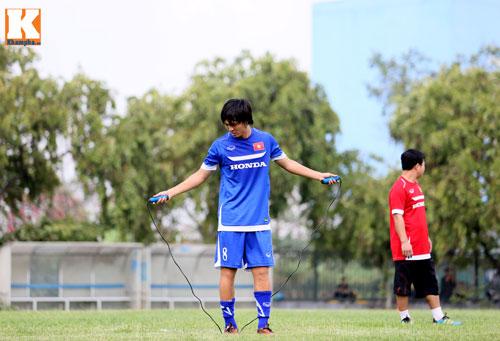 """U23 VN: Tuấn Anh loay hoay với """"trò chơi"""" của HLV Miura - 5"""