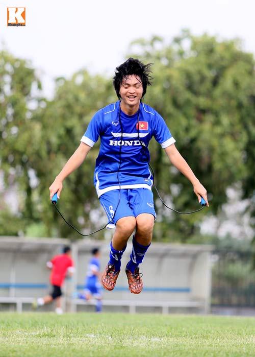 """U23 VN: Tuấn Anh loay hoay với """"trò chơi"""" của HLV Miura - 10"""