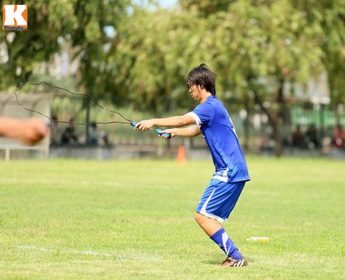 """U23 VN: Tuấn Anh loay hoay với """"trò chơi"""" của HLV Miura - 7"""