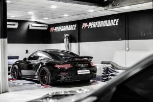 Cận cảnh phiên bản độ của Porsche 911 Trubo
