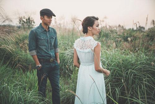 Chồng mới cưới đòi ly hôn vì tấm ảnh với người yêu cũ - 1
