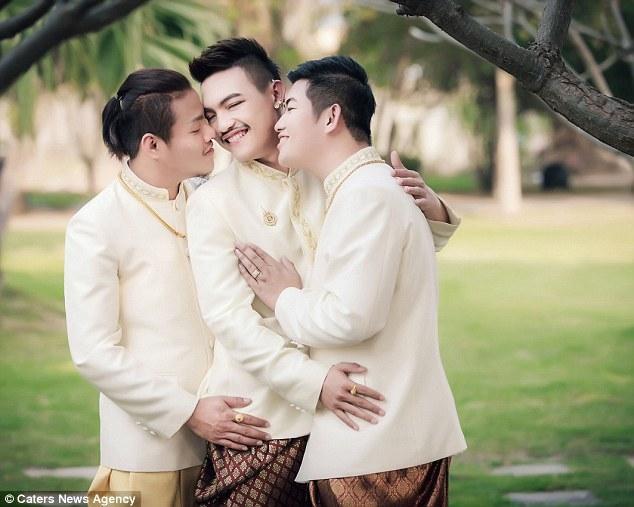 Đám cưới đồng tính 3 người siêu đặc biệt ở Thái Lan - 1