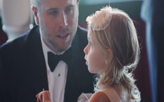 Cảm động lời thề cha dượng dành cho con gái riêng của vợ