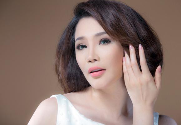 Hồ Quỳnh Hương lần đầu bật mí về bạn trai luôn làm cô tự ái - 2