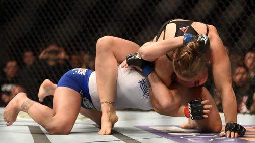 UFC: 14 giây, hoa khôi Rousey hạ gục Zingano - 3