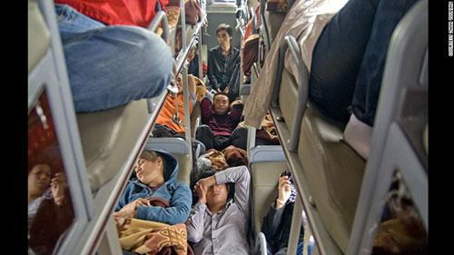 Ảnh: Cuộc sống của các lao động xa quê ở Trung Quốc - 1