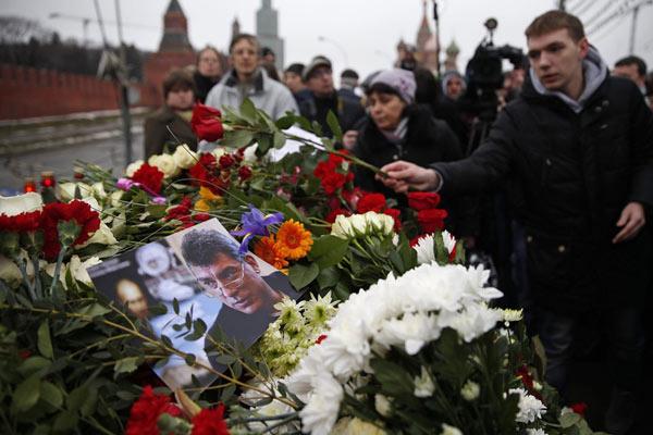 Lộ video quay cảnh ám sát cựu phó thủ tướng Nga - 2