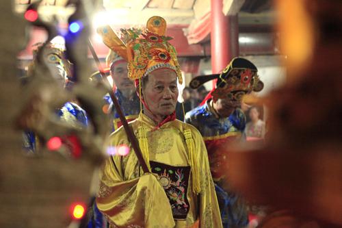 Lễ rước vua sống độc nhất Hà thành - 19