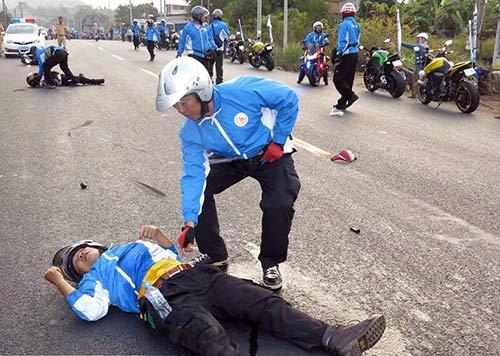 """Nhóm mô tô """"phượt"""" lên tiếng vụ tai nạn chết người - 1"""