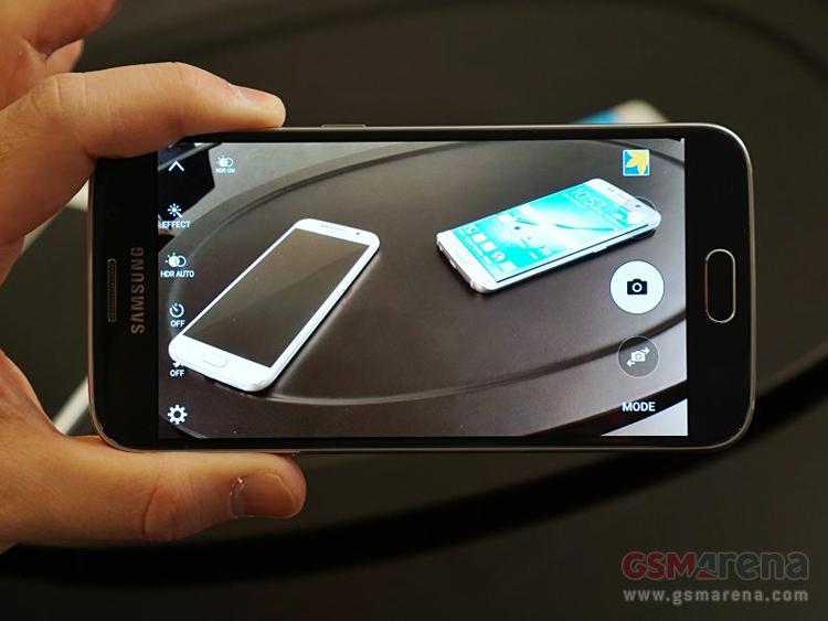 Galaxy S6 và Galaxy S6 Edge được chờ đợi nhất tại MWC 2015 đã chính thức trình làng bởi Samsung.