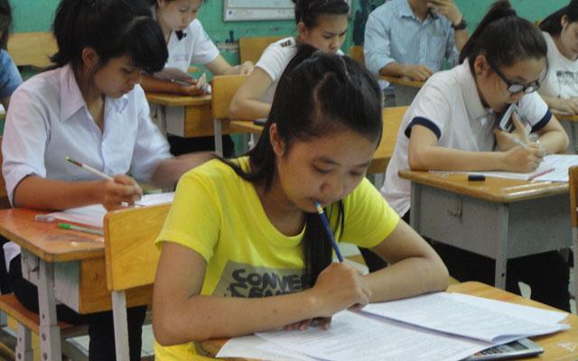 Kỳ thi THPT quốc gia 2015: Hồi hộp chờ phân bổ cụm thi - 1
