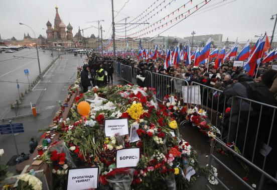 21.000 người Nga tưởng niệm cựu phó thủ tướng bị ám sát - 1