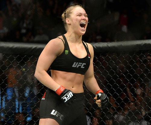 """Chủ tịch UFC: Rousey là """"Mike Tyson phiên bản nữ"""" - 1"""