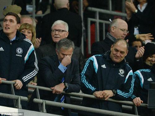 """Chùm ảnh Mourinho: """"Người đặc biệt"""" nhất ở Wembley - 11"""