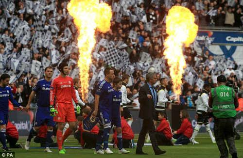 """Chùm ảnh Mourinho: """"Người đặc biệt"""" nhất ở Wembley - 2"""