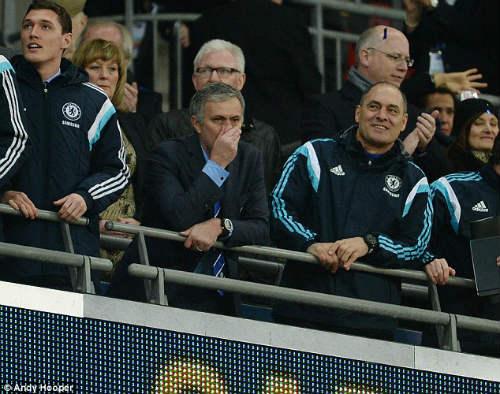 """Chùm ảnh Mourinho: """"Người đặc biệt"""" nhất ở Wembley - 10"""