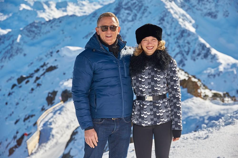 Đạo diễn 007 tiết lộ thân phận James Bond - 4