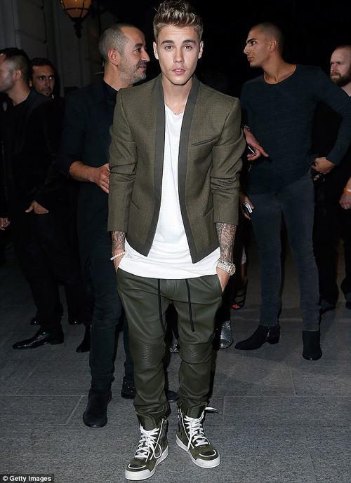 "Justin Bieber tố Selena Gomez ""dựa hơi"" trong hit mới - 2"