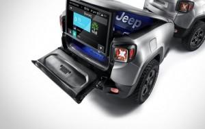 Jeep tung mẫu Renegade Hard Steel gắn khoang tải độc đáo