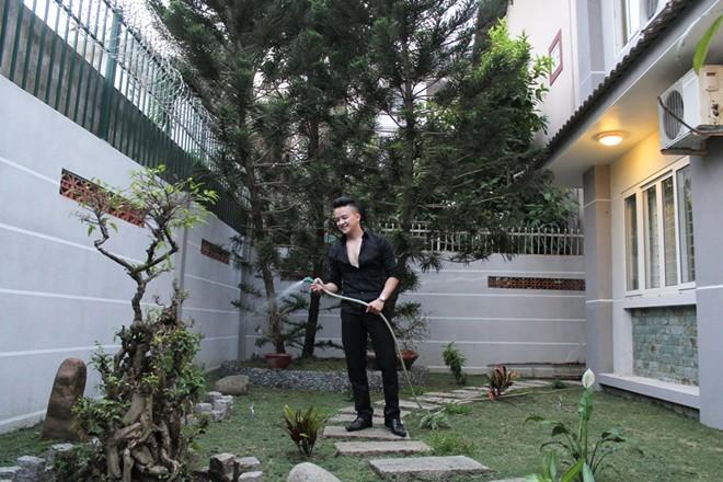 Sao Việt tậu nhà, xế hộp đầu năm - 6