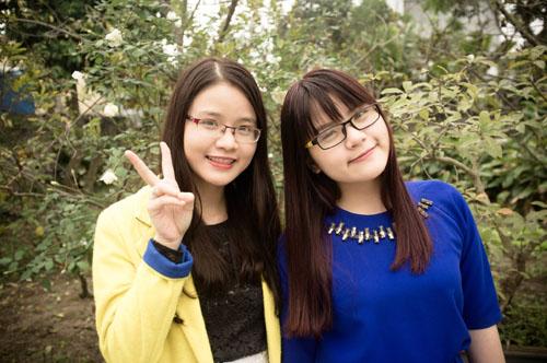 """2 chị em gái cover """"Thái Bình, mồ hôi rơi"""" gây sốt - 2"""