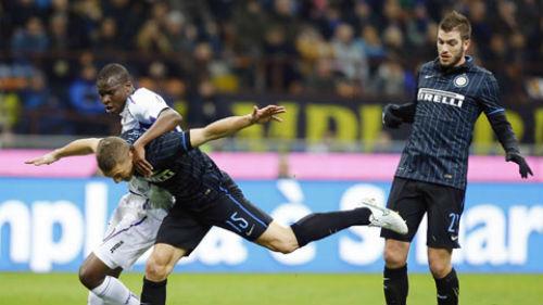 Tiêu điểm Serie A V25: Cân tài nhưng không cân sức - 2