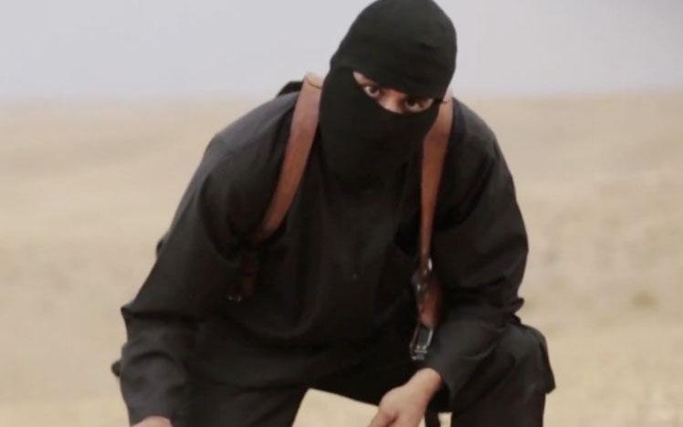 Đao phủ IS bị săn lùng ráo riết sau khi lộ mặt - 1