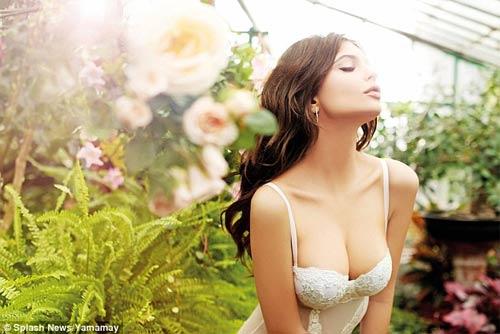 """""""Người mẫu 9X sexy nhất thế giới"""" gợi cảm với nội y - 5"""