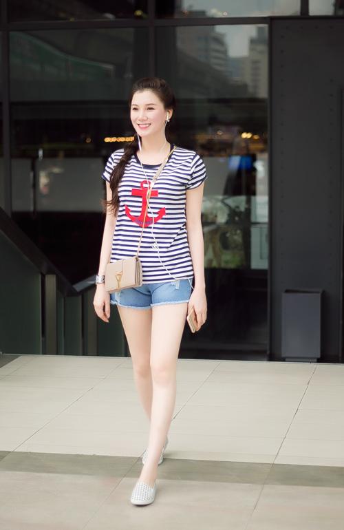 Xuống phố cá tính như cô gái Sài Gòn thích giày bệt - 13