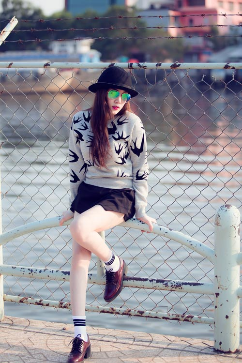 Xuống phố cá tính như cô gái Sài Gòn thích giày bệt - 8