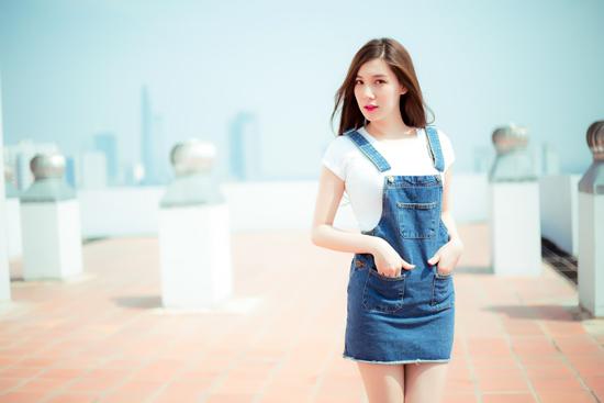 Xuống phố cá tính như cô gái Sài Gòn thích giày bệt - 3