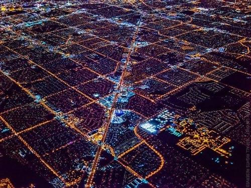 """Ngắm """"thành phố không ngủ"""" Las Vegas từ độ cao 2600 mét - 7"""