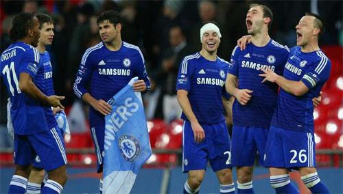 """Khi Chelsea, Bayern, Barca chung giấc mơ """"ăn ba"""" - 1"""