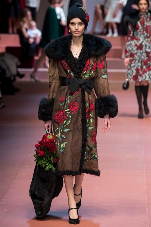 Dolce & Gabbana tôn vinh mẹ trong bộ sưu tập mới - 12
