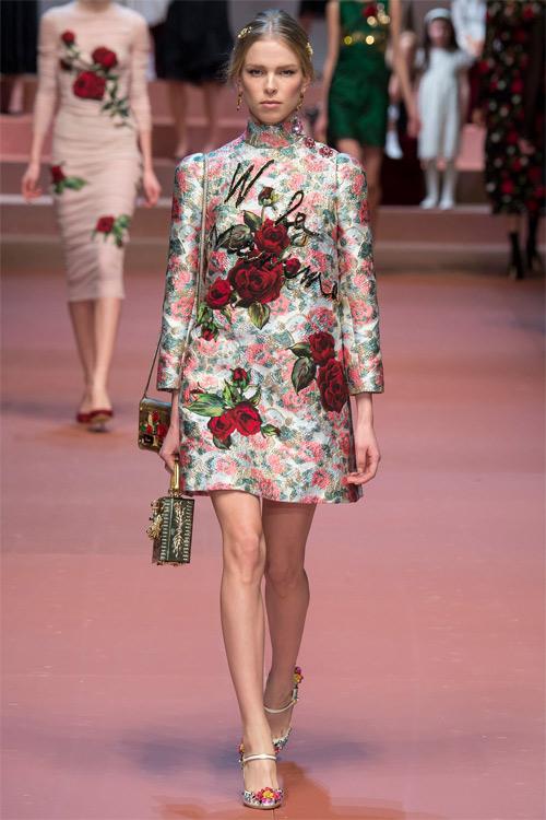 Dolce & Gabbana tôn vinh mẹ trong bộ sưu tập mới - 7