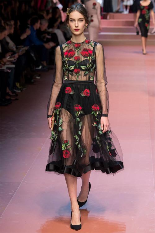 Dolce & Gabbana tôn vinh mẹ trong bộ sưu tập mới - 9