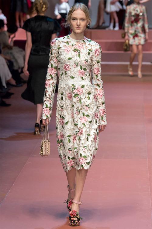 Dolce & Gabbana tôn vinh mẹ trong bộ sưu tập mới - 18