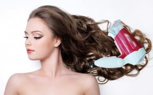 5 sai lầm dễ gặp khi dùng máy sấy tóc