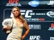 """""""Nữ hoàng"""" UFC được xem Mayweather-Pacquiao miễn phí"""