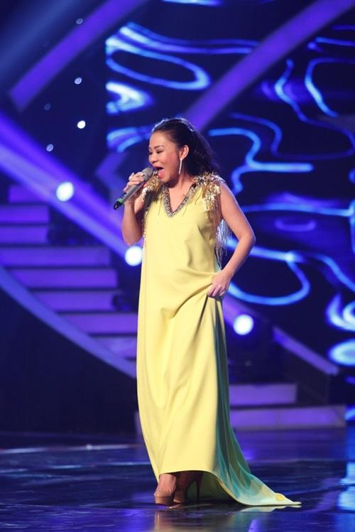 """""""Bà bầu"""" Thu Minh thay Mỹ Tâm làm giám khảo Vietnam Idol - 1"""