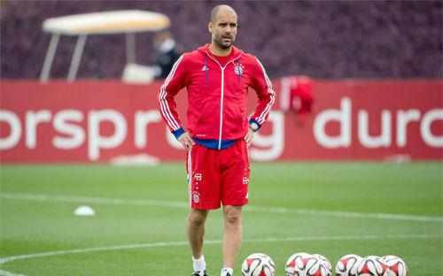 Guardiola phũ phàng từ chối Man City và Barca - 1