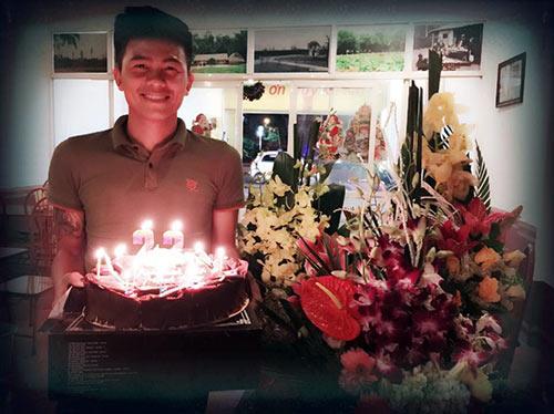 Mạnh Hùng đón sinh nhật bên đàn em Công Phượng ở U23 VN - 3