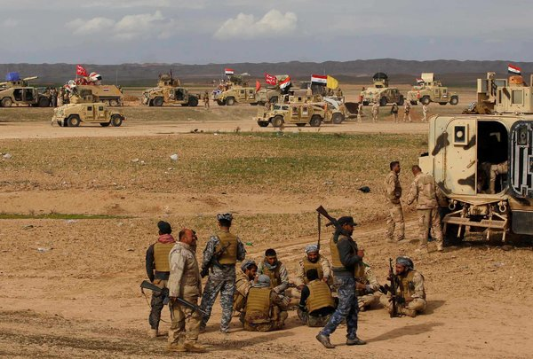 Mới đánh IS, quân đội Iraq đã hục hặc với Mỹ - 1