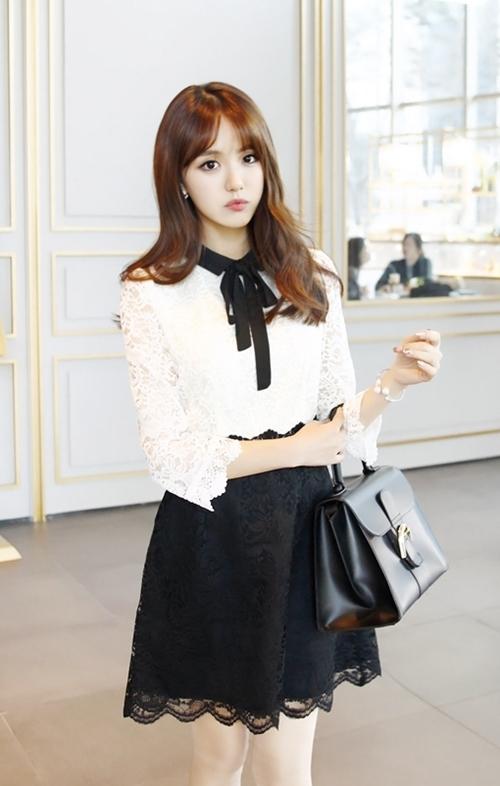 Những mẫu váy công sở trắng đen dễ mặc nhất - 5